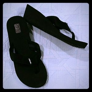 Teva black wedges flip flops